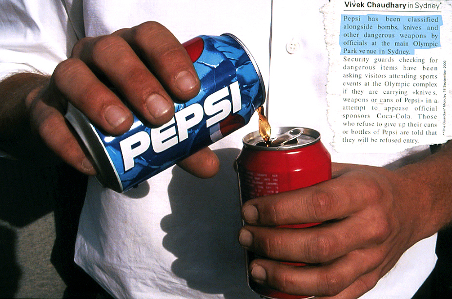 pepsi syringe scare Media make everyone neighbors, and thus when a man in tacoma, wash, reported finding a syringe in a can of diet pepsi and the word zipped around the nation at the speed of light, there were some.